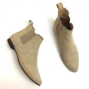 Banana Republic Tan Suede Pointed Toe Ankle Boots